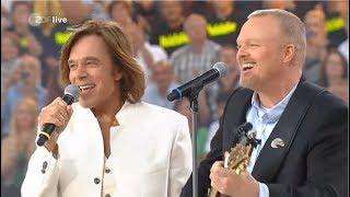 Stefan Raab und Jürgen Drews singen zusammen Ein Bett im Kornfeld