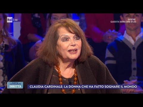 """Claudia Cardinale: """"Squitieri è stato l'unico uomo della mia vita"""" - La Vita in Diretta 09/11/2017"""