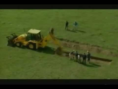 Download Time Team Live   Braemore, Hampshire, Part 1   28 August 2001