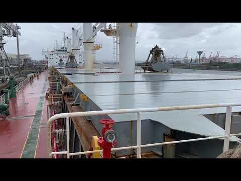 Bulk vessel Kavo Platanos arriving at the port of Durban