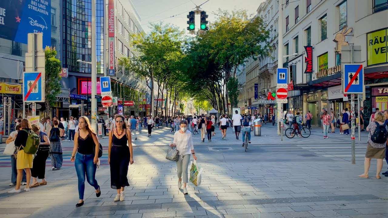 Download Walk in Vienna, September 2021, Volksgarten to IKEA Wien Westbahnhof Via Mariahilfer Straße   4K HDR