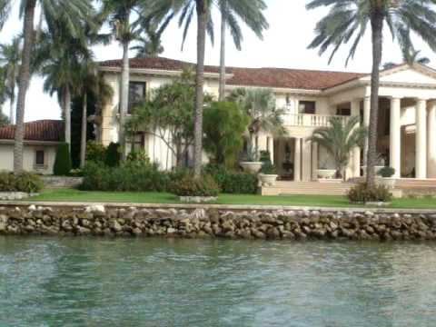Lifestyles of the rich and famous billionaires 39 homes for Star island miami houses