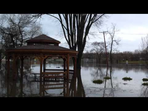 Flooding in Round Lake Park, IL near Murphy Elementary School