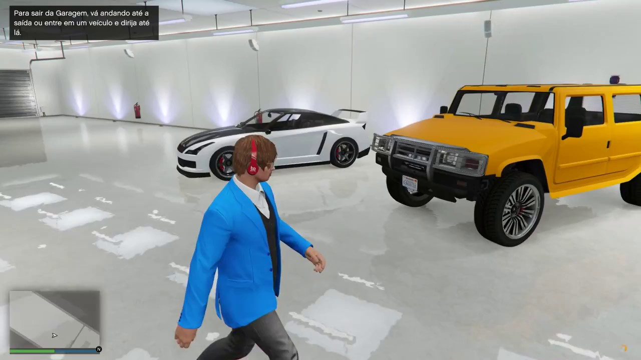 GTA V ONLINE - BUYING MY FIRST HOUSE + FREE CAR + BUYING CLOTHES ...
