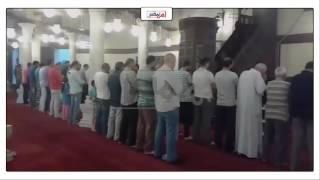 اقامة شعائر صلاة المغرب بمسجد 'عمرو بن العاص' بدمياط (فيديو وصور)