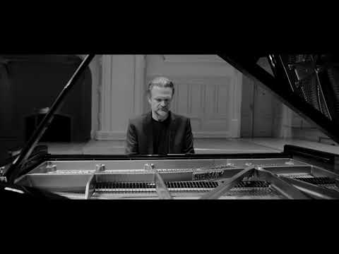 This is (not) Beethoven:  Una Fantasia