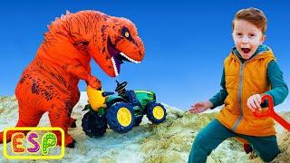 Leo y papá estaban trabajando en un tractor y encontraron un dinosaurio en la arena