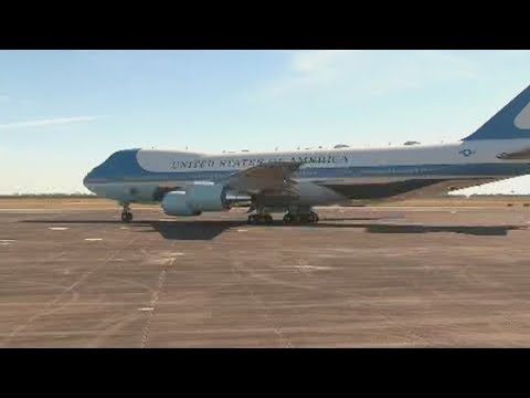 President George HW Bush arrives in Washington D.C. [Special Air Mission 41]