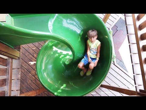 😆 Playground Sammie