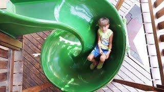 😆 Playground Sammie's Fun in Italy - Slides