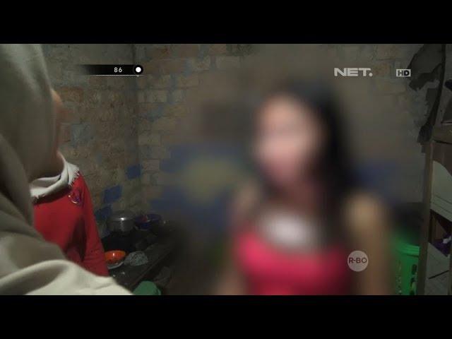 Miris, Anak Ini Mengikuti Jejak Ibunya yang Berpakaian Seksi Menemani Karaoke - 86