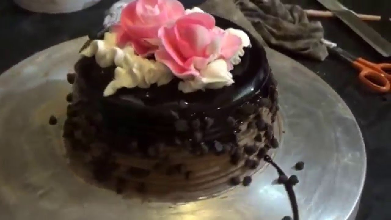 Art Of Making Beautiful Rose Chocolate Cake Mumbai Maharashtra