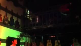 Nơi mua bán đàn guitar giá tốt nhất Hà Nội (21-4-13)