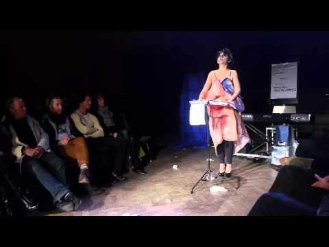 RoxXy Chaos - Der Aufstand Ist Vorbereitet (Performance in voller Länge 2013)