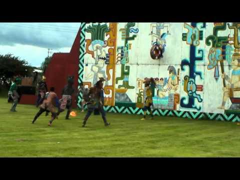 Juego de Pelota - Historisches Ballspiel der Maya - Mesoamerican Ballgame