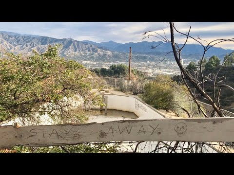 The Abandoned Mountain Top Pool In Griffith Park