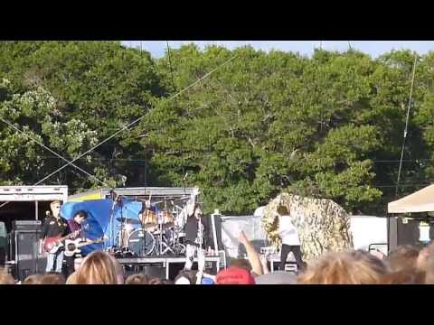 Lady Red Light ~ Great White featuring Jack Russell - HALFWAY JAM in Royalton, MN on 7.26.13