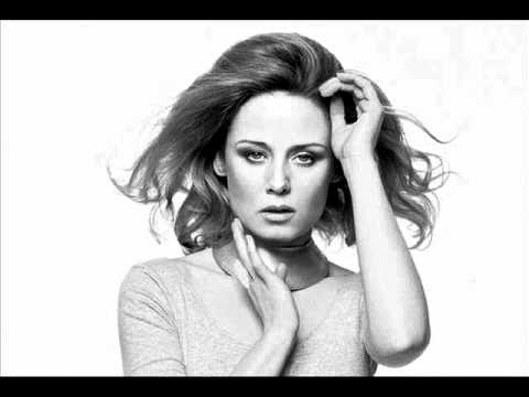 Luca C & Brigante feat. Róisín Murphy - Flash of Light (Solomun Mix)