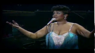 #nowwatching @ArethaFranklin LIVE - Sweet Bitter Love
