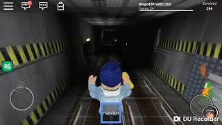 "PLAYING SURVIVE TERROR ""IN ROBLOX"""