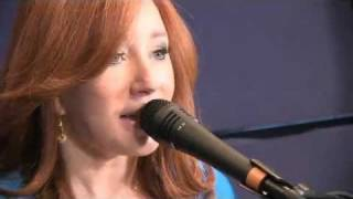 Tori Amos - Nautical Twilight @ Street Date 2011