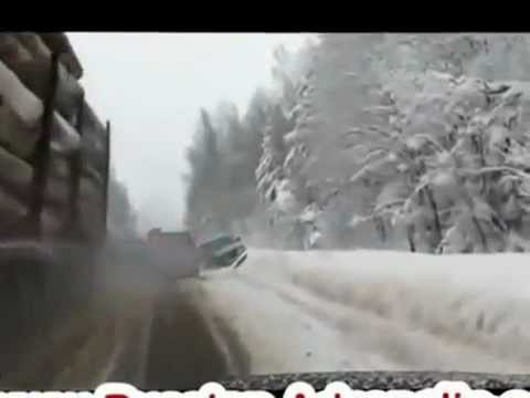 Очень везучие водители))Very lucky drivers))