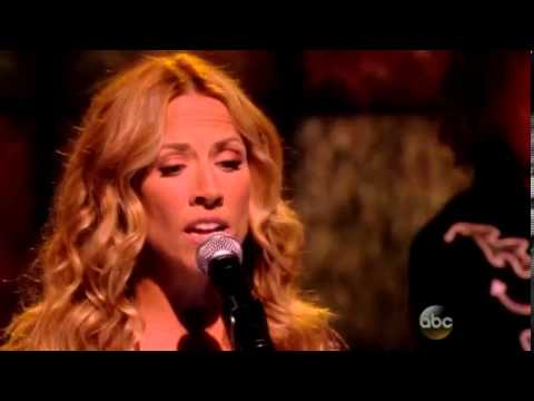 "Sheryl Crow - ""Waterproof Mascara"" LIVE on The View (12 Sep 2013)"