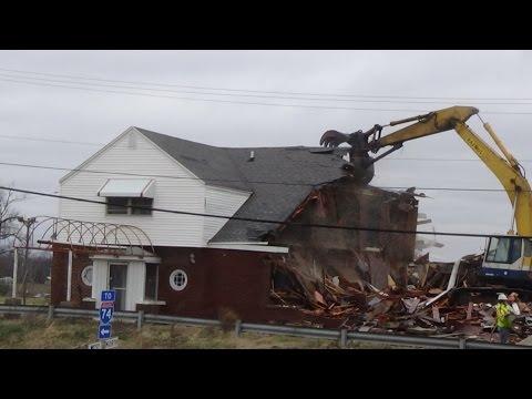 LAMPLIGHTER: DEMOLITION / DESTRUCTION BEFORE & AFTER: Urban Exploration Danville, Illinois