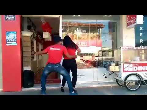 60af8f6bc89bd Dançando vaneira na Otica Diniz Cabreúva - YouTube