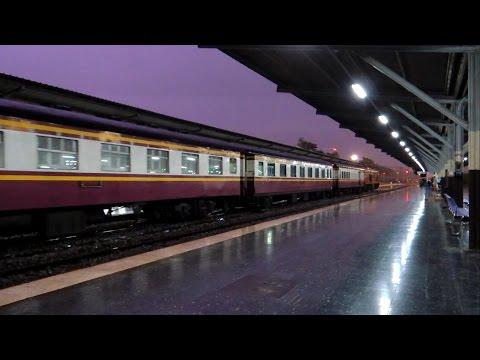 รถไฟไทย # ขบวนรถเร็วที่ 133 กรุงเทพฯ - หนองคาย ในวันฝนตก