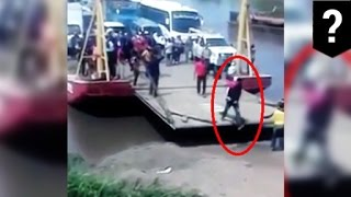 Stupid ways to die: ferry nearly crushes impatient man who gets off too soon - TomoNews