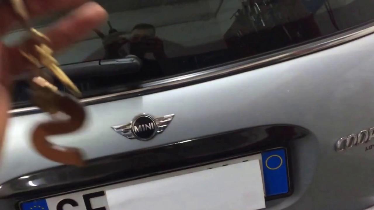 Apertura Bagagliaio Mini Cooper R50 Telecomando Due Tasti Youtube