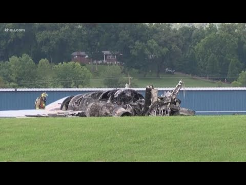 Dale Earnhardt Jr. and family survive plane crash in Tennessee