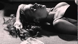Бесстрастные моменты / Passionless Moments (1983)