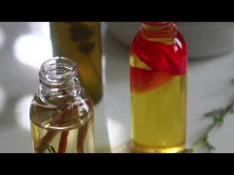 Huile infusée de Khamaré - Gongoli- Vétiver from YouTube · Duration:  3 minutes 30 seconds