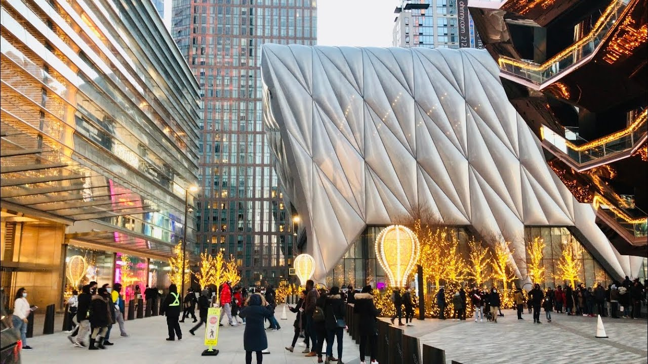 Download Walking around Hudson Yards and the High Line in New York City