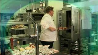 H.F. Russer bereitet Rinderschmorbraten zu