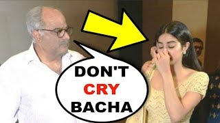 EMOTIONAL Jhanvi Kapoor Cant Stop Crying On Late Sridevi 55th Birthday
