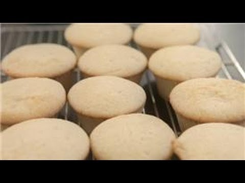 Baking Desserts : How to Make Cupcakes