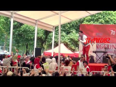 MALAM~MALAM GELAP TIADA BERBINTANG~BENIQNO KONSER DI HONGKONG(JEAND82)