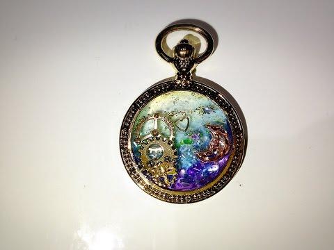 セリアで買った時計の型をUVレジンでアレンジしてみた