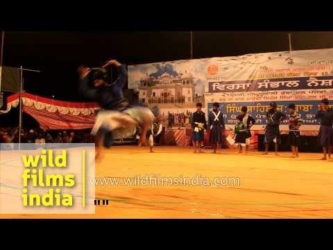 Nihangs show their Gatka skills : Hola Mohalla Festival in Punjab