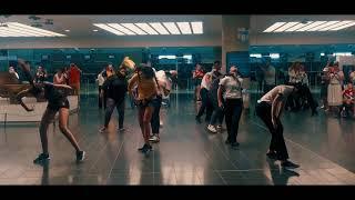 Louis Flashmob at Larnaca Airport