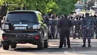 Ոստիկանական մեծ ուժերի կուտակում ԱԺ հարակից փողոցներում