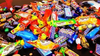 Много Конфет Сладости Карамель и Киндер Сюрприз Шоколад Подарки  a lot of candy