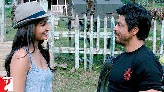 Video Supergirl | Jab Tak Hai Jaan | Scene | Shah Rukh Khan | Anushka Sharma download MP3, 3GP, MP4, WEBM, AVI, FLV Agustus 2019