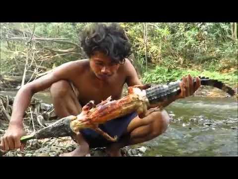 Manusia kanibal  pemakan buaya,