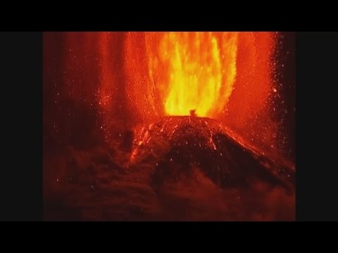 Spectacular Eruption Of Chile's Villarica Volcano; Thousands Evacuated