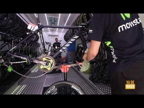 Mecánicos Movistar Team en Le Tour de France