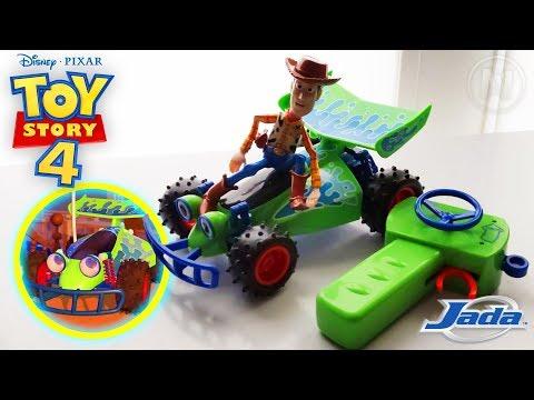Disney / Pixar Toy Story 4 RC Turbo Buggy With Sheriff Woody & Buzz Lightyear Review (Jada Toys)